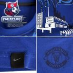 Футболка Манчестер Юнайтед / MANCHESTER UNITED AUTH ORGANIC TEE - OLD ROYAL/BLACK